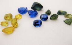 Blue , green and yellow Capricorn sapphires - naturally beautiful sapphires from Australia.