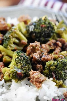 Healthy Ground Beef and Broccoli ~ one of the BEST ground beef recipes.a flavorful, quick and easy skillet recipe that Best Ground Beef Recipes, Healthy Ground Beef, Healthy Beef Recipes, Healthy Recipe Videos, Meat Recipes, Ground Beef Sausage Recipe, Hamburger Recipes, Fish Recipes, Delicious Recipes