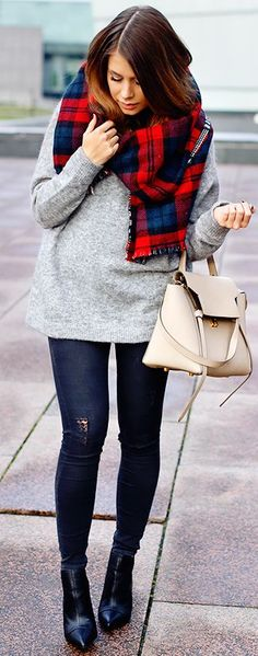 Plaid And Denim Fall Street Style Inspo by Mariannan