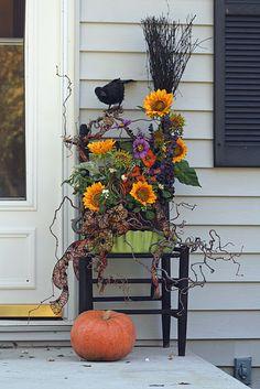 Front porch Halloween display