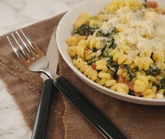Romige Pasta met Spinazie   Binnen 30-minuten staat dit gerecht bij jouw op…