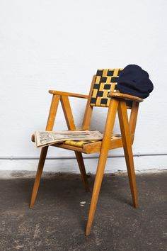 Vintage Stuhl aus Holz im 50's Stil / wooden vintage chair with braided seat made by tutu-et-tata via DaWanda.com