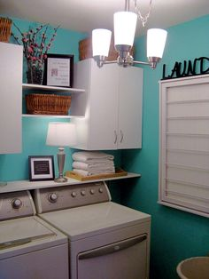 Una zona Lavanderia in casa... Eccone 20 ben organizzate! Date un'occhiata... Una zona lavanderia in casa - Idee n° 13-19-20 Se avete... o pensateprogettare un angolo lavanderia nella vostra casa, questo post vi sarà senz'altro utile.Abbiamo...