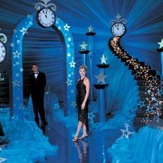 prom decorations and themes | The Jag Times: Prom Themes & Ideas, look at classic magnifique
