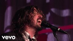 Foo Fighters - Best Of You (Live on Letterman) - YouTube