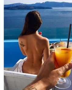 Cheers to the good life! #luxury #lifestyle #rich #wealth #morning #couple #lovers #vacation . Do you want this kind of lifestyle? Make it happen today!