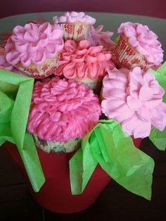 Cupcake Bouquet by paulahennig, via Flickr