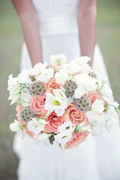 Tropical Oasis wedding floral bouquet.  Ca c'est bien, non?