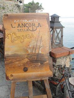 Dining on the Mediterranean... Ristorante L'Ancora della Tortuga in Monterosso, Italy