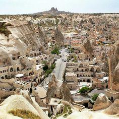 The magical town of Goreme, Cappadocia (Turkey).