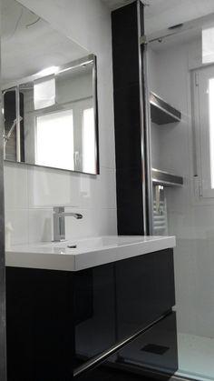 Reforma integral baño #cuadroTRES #lavabo #TRESGriferia #spain
