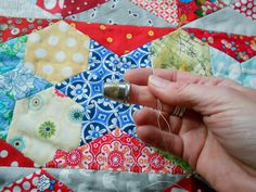 @ myBearpaw: Hand Quilting Tutorial - using both quilting cotton and perle thread
