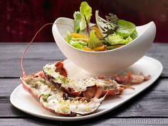 Gebackener Hummer - smarter - mit buntem Salat.   Kalorien: 509 Kcal | Zeit: 45 min.  #rezepte #recipes
