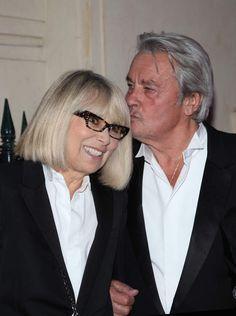 2013. L'amour s'est mué en une belle complicité.Archive - Alain Delon et Mireille Darc lors du gala de l'IFRAD à Paris, France, le 18 Septembre 2013. © Agence/Bestimage   00313668