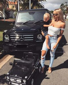 Tammy Hembrow .. Wolf  mercedes G wagon.  Family goals