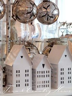 me ~ 21 Wooden House Light Christmas Decorations Silver Christmas, Noel Christmas, Little Christmas, Rustic Christmas, All Things Christmas, Christmas Houses, Little White House, Little Houses, Decorating With Christmas Lights