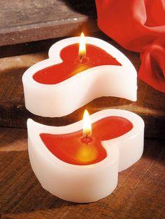 Par de velas em formato de coração