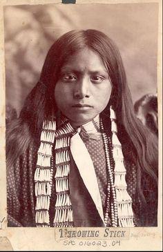 gorgeous portrait native american  | Portrait – Photo – Throwing Stick (native American) | Vintage ...