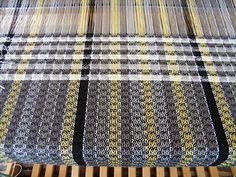 Dust Bunnies Under My Loom: December 2013 Navajo Weaving, Loom Weaving, Hand Weaving, Crochet Towel, Sampler Quilts, Weaving Projects, Textiles, Weaving Patterns, Weaving Techniques