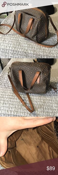 Fossil Sydney Bag PVC coated textile cow hide leather Sydney bag. Removable over the shoulder leather strap, you can fit a lot in this bag. Used for a season, normal wear inside, outside in near new condition. Make an offer! I'm minimizing my closet! Fossil Bags Crossbody Bags