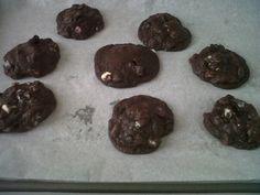 chocolate cookies with oreo chunks