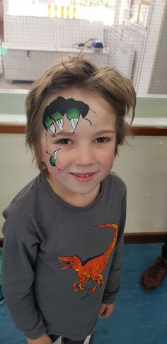 Monster/dinosaur claw face paint, boys facepainting design. Dinosaur Claw, Festival Looks, Sans Serif, Sparkle, Gallery, Face, Boys, Painting, Ideas