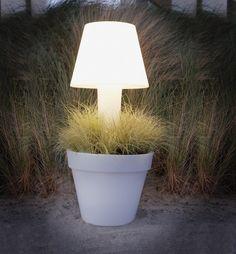 lighting flower pot by Elho
