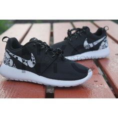 Glow in the Dark Skulls Nike Roshe Run Black Custom (€135) ❤ liked on Polyvore featuring shoes, athletic shoes, grey, sneakers & athletic shoes, unisex adult shoes, black shoes, print shoes, kohl shoes, black skull shoes and grey shoes