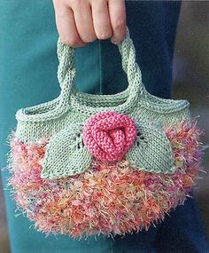Curating the very best crochet. Knitting Projects, Crochet Projects, Knitting Patterns, Crochet Patterns, Bag Patterns, Crochet Handbags, Crochet Purses, Crochet Bags, Freeform Crochet