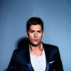 Rob Thomas | Listen and Stream Free Music, Albums, New Releases, Photos, Videos