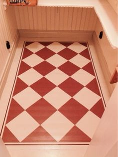 Stenciled Floor, Floor Cloth, Granny Chic, Painted Floors, Kitchen Flooring, Scandinavian Design, Garden Inspiration, Interior Architecture, Red And White