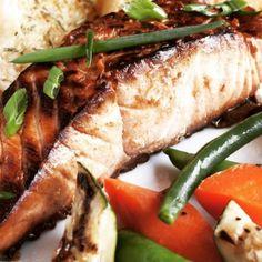 Terrific Seared Salmon with Orange Glaze Recipe Home Recipes, Fish Recipes, Seafood Recipes, Whole Food Recipes, Cooking Recipes, Fish Dishes, Main Dishes, Orange Glaze Recipes, Orange Glazed Salmon