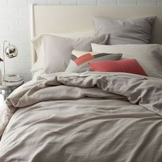 Belgian Linen Duvet Cover + Shams – Platinum | West Elm