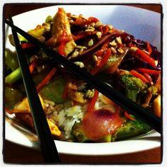 Pad Tai Beef, Food, Meal, Essen, Hoods, Ox, Meals, Eten, Steak