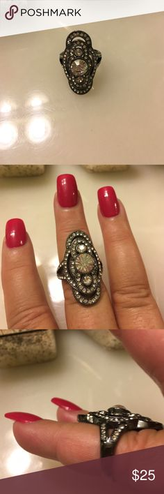 Sterling silver Crystal ring Beautiful vintage crystal ring rarely worn excellent condition Jewelry Rings