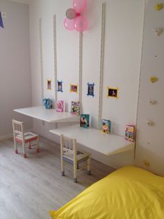 Ikea algot, kids work space, two girls room, white wall in kids room