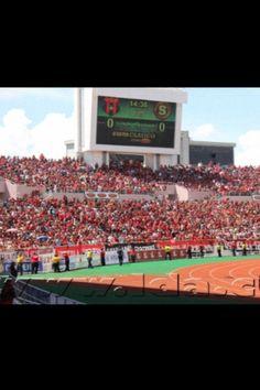 La 12 en el Estadio Nacional durante el clásico