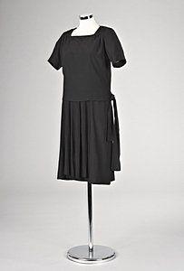 Chanel silk crepe romain `little black dress', circa 1926-27