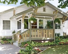 Exterior Craftsman Style Design, Pictures, Remodel, Decor and Ideas - page 10