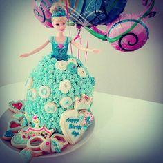 女子会の新定番!?ドールケーキが可愛くて素敵♡ - Locari(ロカリ)