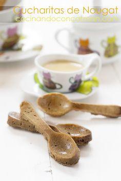 Almond Nougat spoons - Cucharitas de Nougat de almendra