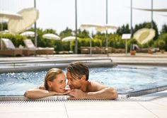 Spa Massage, Spa Hotel, Cosmetic Treatments, Sauna, Take A Break, World, Outdoor Decor, Romantic Places, Kiddie Pool