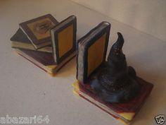 Harry Potter Sorting Hat Hogwarts School Books Bookends!