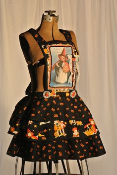 Halloween witch apron from The Adorned Apron