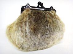 Vintage Handtaschen - 1970's Felltasche grau -  18 Euro