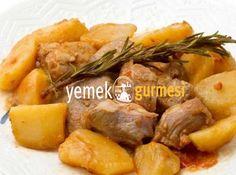 Patatesli Yahni Tarifi - http://www.yemekgurmesi.net/patatesli-yahni-tarifi.html