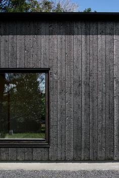 House Cladding, Timber Cladding, Exterior Cladding, Exterior Siding, Timber Architecture, Timber Buildings, Modern Exterior, Exterior Design, Wooden Facade