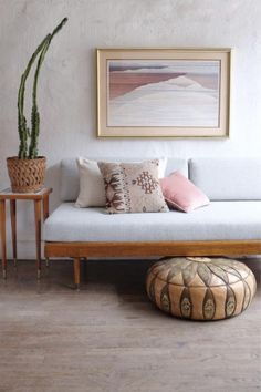 Mid Century Modern Daybed Sofa Pale Mint Green —