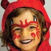 From little angel to little devil with our Halloween Face Painting Tips. In just three easy steps you can transform your little chap in to a cheeky little devil this Halloween. Devil Makeup Halloween, Halloween Makeup For Kids, Kids Makeup, Halloween Design, Halloween Make Up, Halloween Costumes, Ghost Costumes, Vintage Halloween, Halloween Crafts
