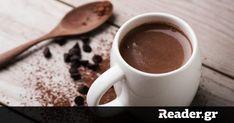 Διανύουμε την πιο λευκή μέρα χρόνου, αυτή που όλα φαίνονται πιο όμορφα και για μια μοναδική φορά το lockdown δεν φαντάζει τόσο σκληρό. Οι συνθήκες λοιπόν είναι κατάλληλες για μια... Healthy Hot Chocolate, Hot Chocolate Recipes, Stevia, Keto Drink, Winter Drinks, Fat Burning Drinks, Unsweetened Cocoa, Superfoods, Chocolates